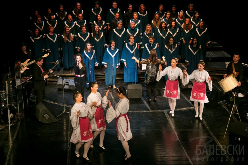 Клипове от рождествения концерт на София Госпъл Хор