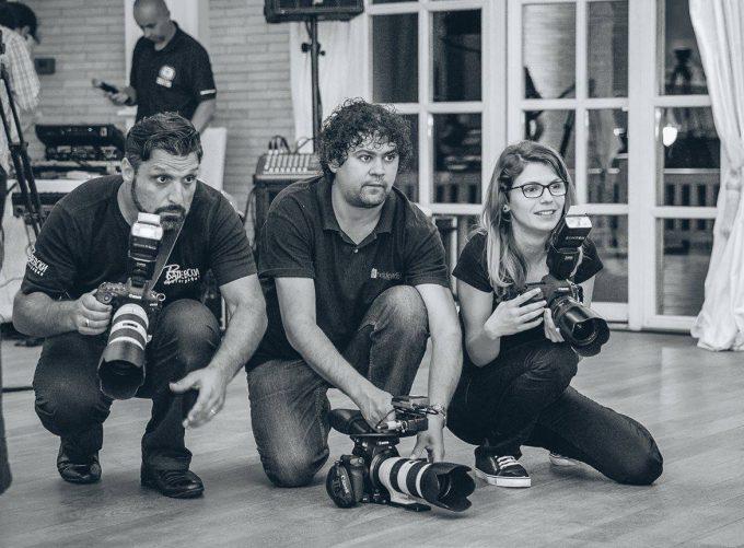 Сватбени фотографи и видео оператори – работа в екип